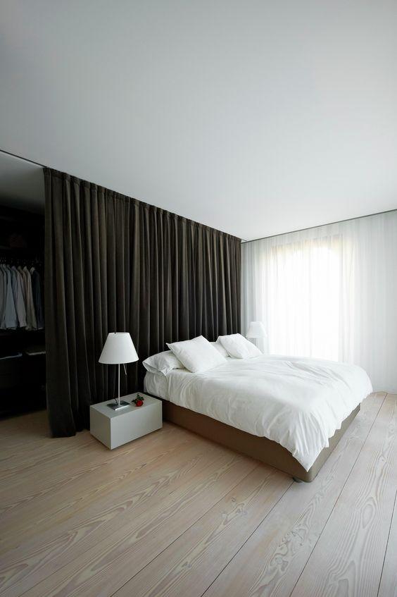 ผ้าม่านกั้นห้องนอน