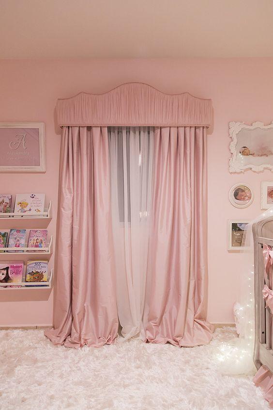 ผ้าม่านสีชมพู Pink