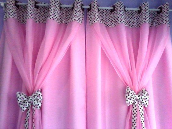 ผ้าม่านสีชมพู ลาย Polka Dot